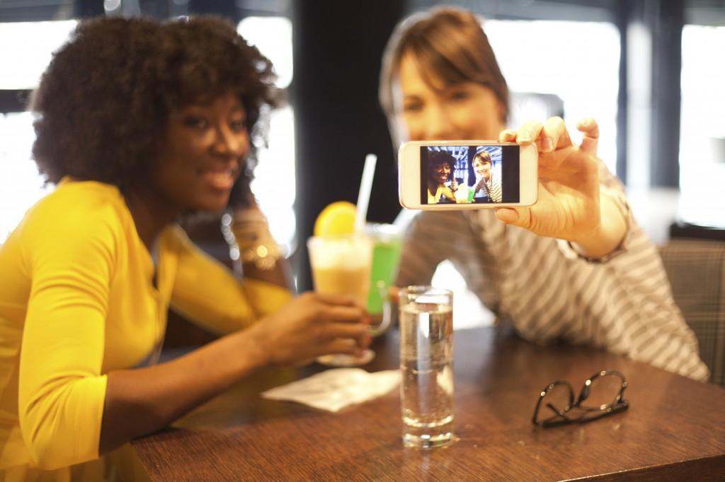 Instagram, Facebook, customer engagement