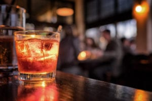 Best types of ice for cocktail lounge and whisky bar